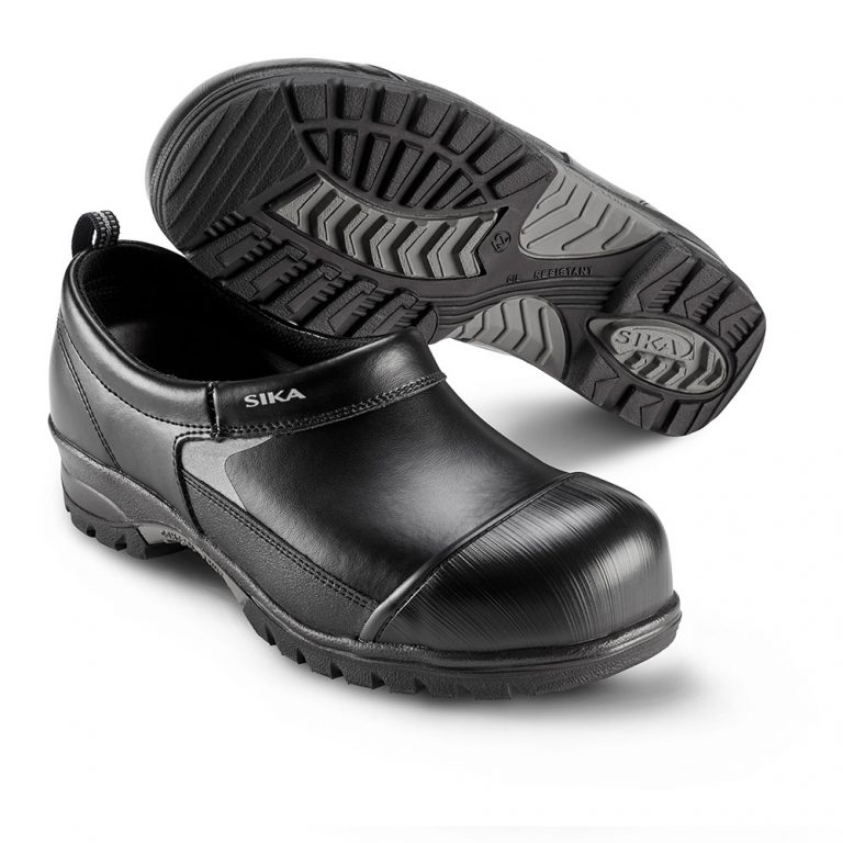 steel toe clog